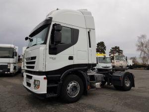Camión tractor Iveco Occasion