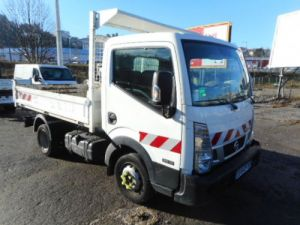 Chassis + body Nissan Cabstar Back Dump/Tipper body 35.12 BENNE NT400 Occasion