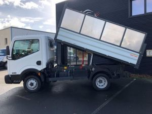Chassis + body Nissan Cabstar Back Dump/Tipper body BENNE ROUES JUMELEES.CROCHET Occasion