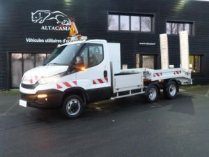 Chassis + body Iveco Daily Heavy equipment carrier body MAXI CARGO 2.3T CU Occasion