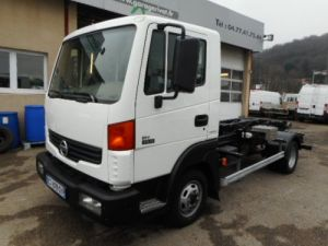 Chassis + body Nissan Atleon Hookloader Ampliroll body 35.15 AMPLIROLL Occasion