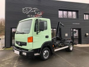 Chassis + body Nissan Atleon Hookloader Ampliroll body AVEC CAISSON AMOVIBLE Occasion