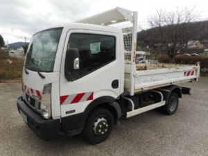 Chasis + carrocería Nissan Cabstar Volquete trasero 35.12 BENNE NT400 Occasion