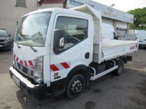 Chasis + carrocería Nissan Cabstar Volquete trasero NT400 35.13 BENNE Occasion