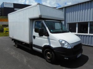 Chassis + carrosserie Iveco Daily Caisse Fourgon 35S15 Occasion