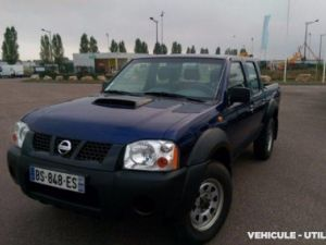 Chassis + carrosserie Nissan NP 300 Plateau Double -Cab Occasion