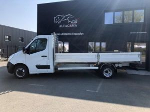 Chassis + carrosserie Renault Master Plateau PLATEAU LONG ROUES JUMELEES 125 Occasion