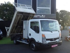 Commercial car Nissan Cabstar 2/3 way tipper body Occasion