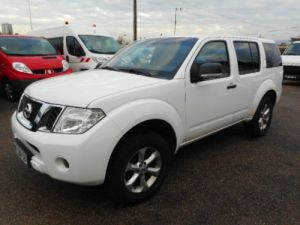 Commercial car Nissan Pathfinder 4 x 4 XE 190  Occasion