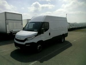Commercial car Iveco Daily 35C13V12 - 16 900 HT Occasion