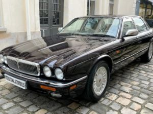 Daimler DOUBLE SIX Occasion
