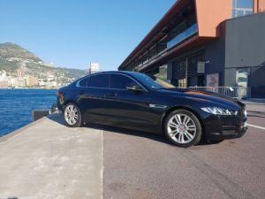 Jaguar XE Noir metalise Occasion
