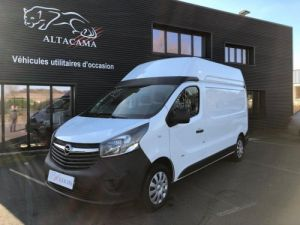 Light van Opel Vivaro Box body PLANCHER BOIS Occasion
