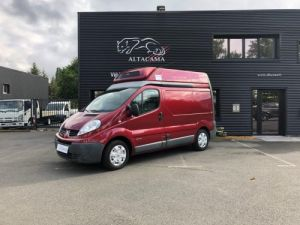 Light van Renault Trafic Refrigerated body 115  ETAGRERES - PENDERIE VIANDE Occasion