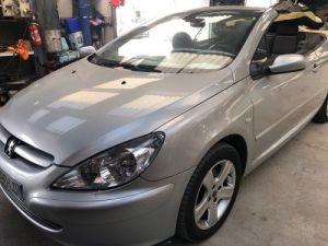Peugeot 307 CC 2.0 16V 138CH BAA