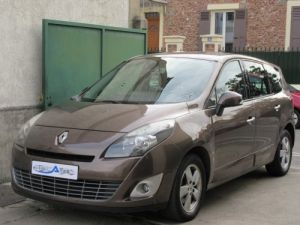 Renault Grand Scenic 1.9 DCI 130CH CARMINAT TOMTOM 5 PLACES Occasion