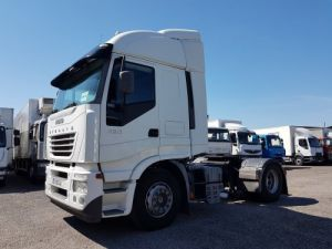 Tractor truck Iveco Stralis 430 EUROTRONIC - Sans carte grise Occasion