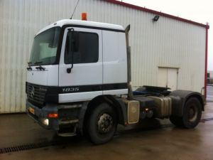 Tractor truck Mercedes Actros 1835 HYDRAULIQUE Occasion