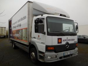 Trucks Mercedes Atego Box body + Lifting Tailboard 1317 Occasion