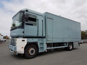 Trucks Renault Magnum Box body AE 380.19 Occasion