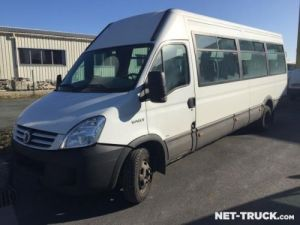 Trucks Iveco Daily Bus Occasion