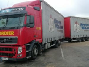 Trucks Volvo FH Curtain side body FH 420 6x2 euro 5 Occasion
