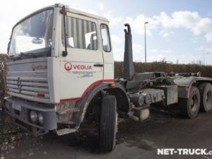 Trucks Renault G Hookloader Ampliroll body Occasion