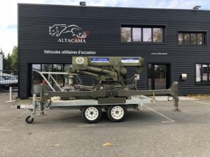 Trucks Platform body + crane GRUE ARAIGNEE  Occasion