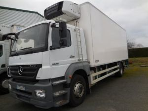 Trucks Mercedes Refrigerated body 1829 Occasion