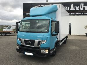 Trucks Nissan Atleon Refrigerated body NT500 65.15 Occasion