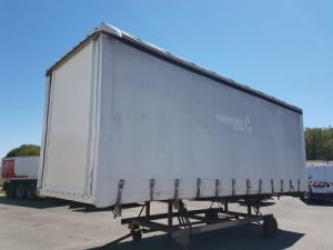 Various utilities Renault Curtain side body Occasion