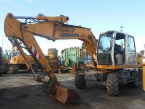 Various utilities Liebherr Wheel excavator Occasion