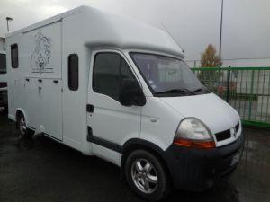 Vehiculo comercial Renault Transporte de caballos Occasion