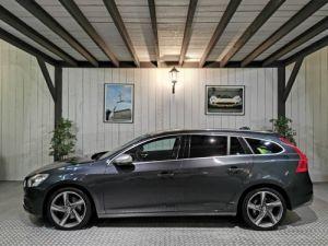 Volvo V60 2.4 D5 205 CV R-DESIGN BVA Vendu